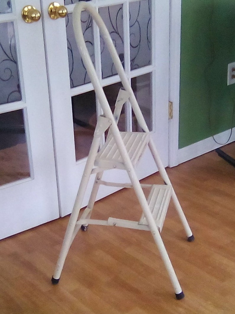Fabulous 2 Step Ladder Metal Step Stool Metal Kitchen Stool Step Ladder Rated For 200 Lbs Caraccident5 Cool Chair Designs And Ideas Caraccident5Info