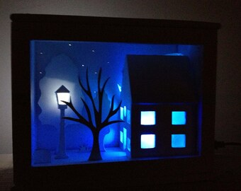 Little shadow box, house, streetlamp & tree, glowing stars, RGB LED, Wooden