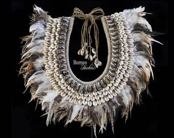 Papua Necklace Mixed Feathers & Shells Bohemian,Beach Style>>Premium Large Collar For Luxe Home Decor [43x44cm]