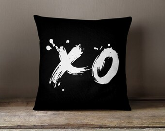"XO Love Throw Pillow 18x18"", Double Sided"