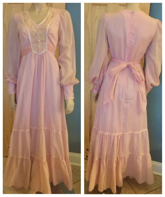 Beautiful Pink bohemian floor length dress / small