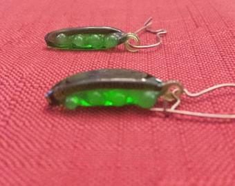 Vintage Glass 'Peas in a Pod' Wire Earrings