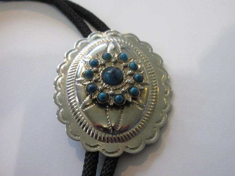 Costume Pewter Tone  Oval Concho  Southwestern Style w Faux Turquoise Aqua   Bolo Tie IC  Lot H Turquoise Bolo Tie