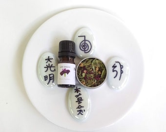 Reiki session with custom herbal tea blend and flower essence to relax, refresh, and renew the senses