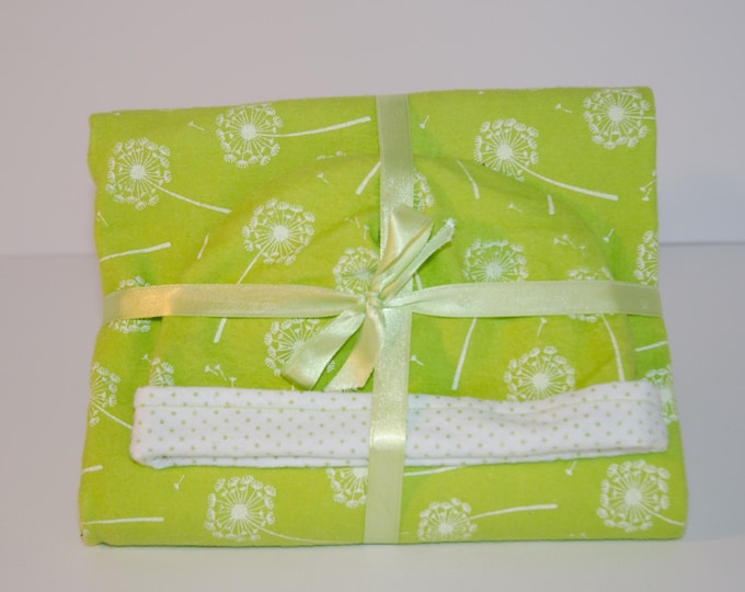 Baby Gift Set Blanket and Matching Reversible Hat with Green Dandelions