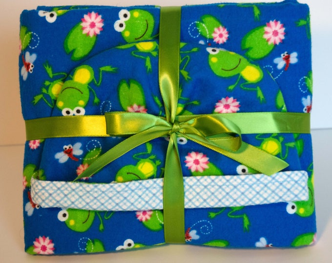 Baby Gift Set Blanket and Matching Reversible Hat Blue with Green Frogs