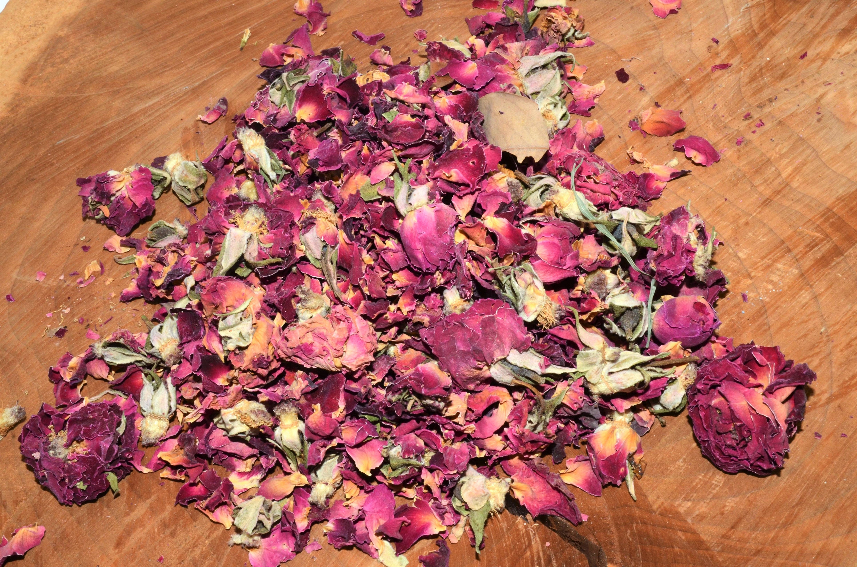 Fragrant dried rose petals and buds 2lbs, crafts, wedding favor ...