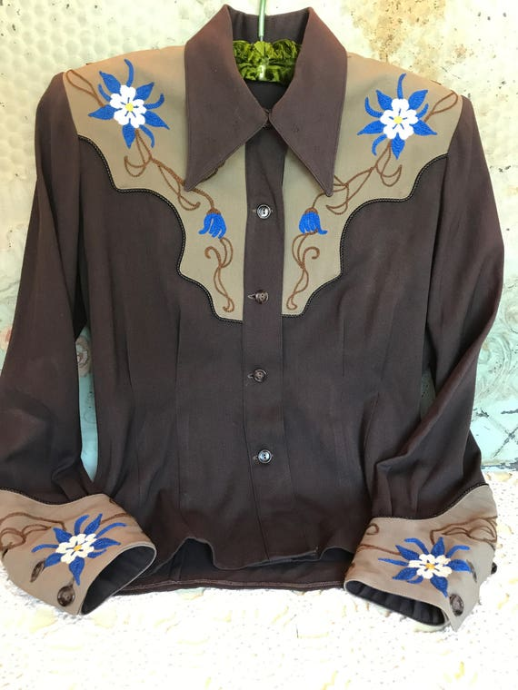 Vintage  Western Shirt Women's Cowgirl Rodeo Embro