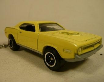 1970 Plymouth AAR Cuda Muscle Car-toon Key Chain Ring Fob NEW