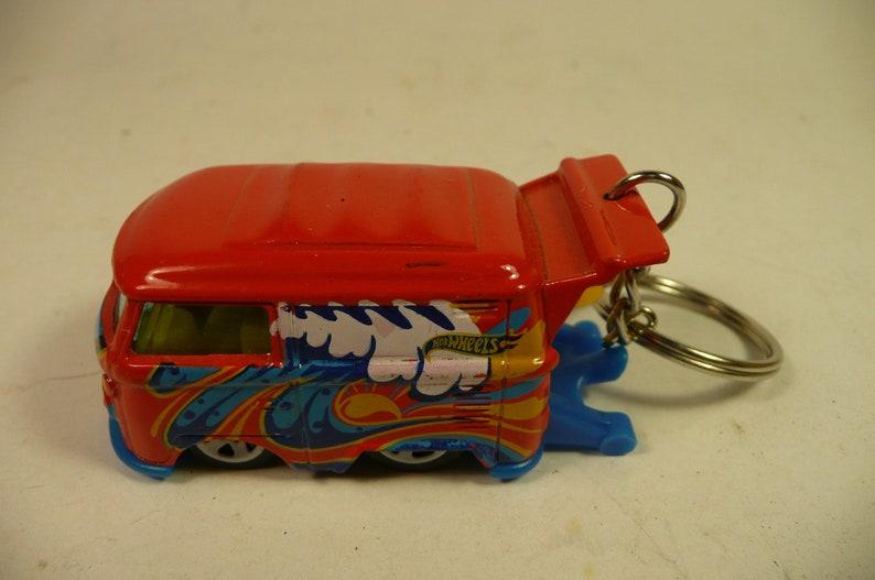 Keychain VW BUS mini volkswagon red surf kombi bus transporter  key chain