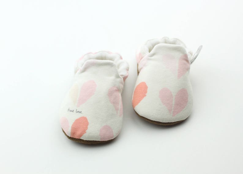 c54fa37099120 baby shoes- baby booties- baby slippers- toddler shoes- toddler booties-  toddler slippers- newborn shoes- newborn booties- newborn slippers
