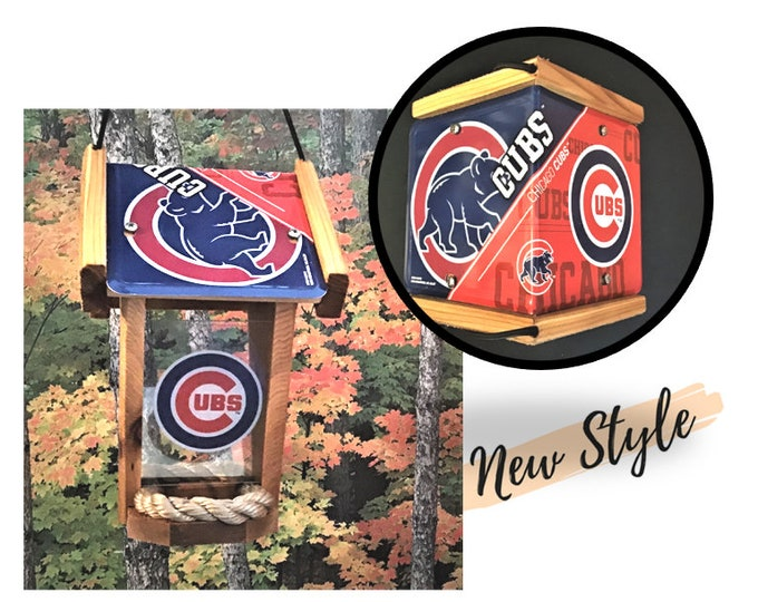 Chicago Cubs Two-Sided Cedar Bird Feeder (SI Series)