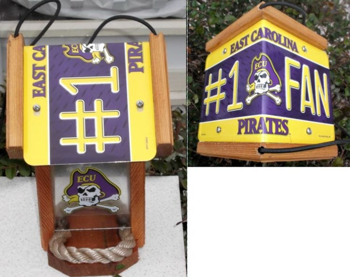 ECU #1 FanTwo-Sided Cedar Bird Feeder