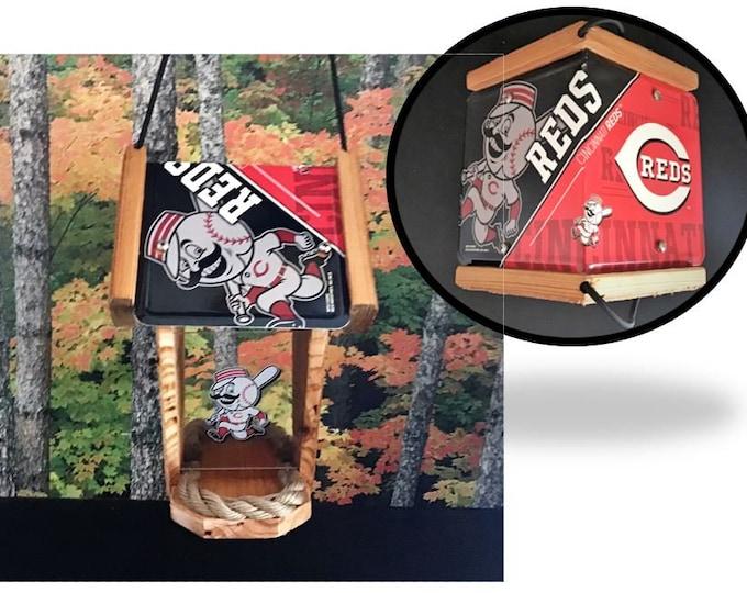 Cincinnati Reds Two-Sided Cedar Bird Feeder (SI Series)