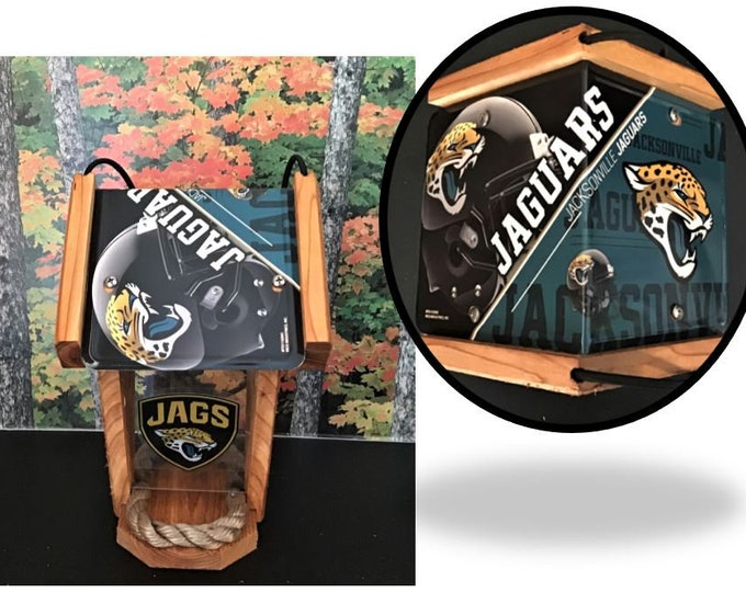 Jacksonville Jaguars Two-Sided Cedar Bird Feeder (SI series)