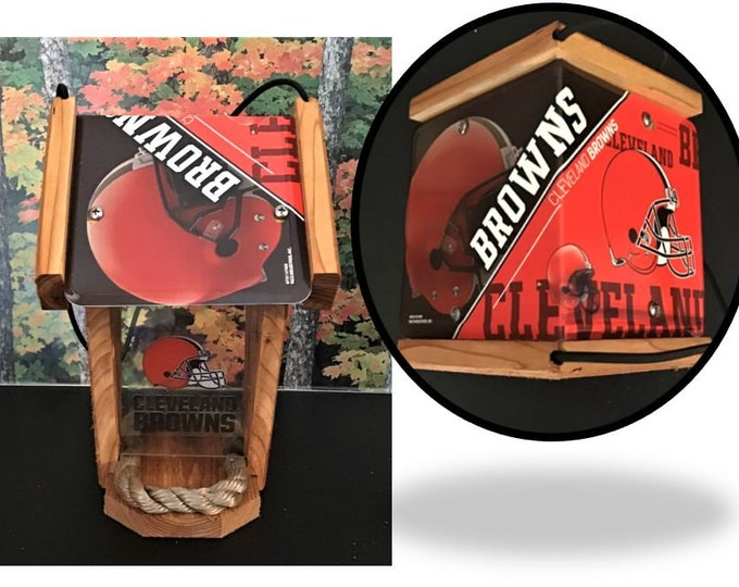 Cleveland Browns Two-Sided Cedar Bird Feeder (SI Series)