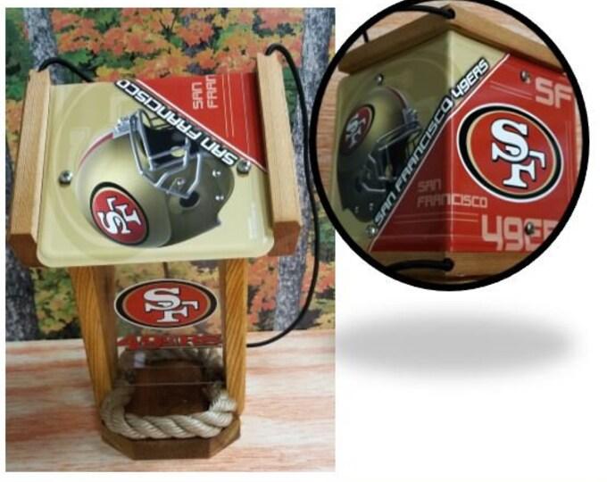 San Francisco 49ers Two-Sided Cedar Bird Feeder (SI Series)