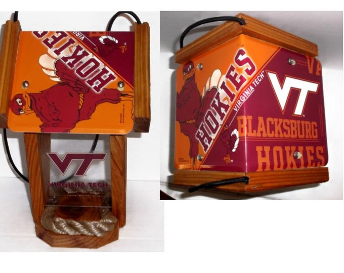Virginia Tech Two-Sided Cedar Bird Feeder (SI Series)