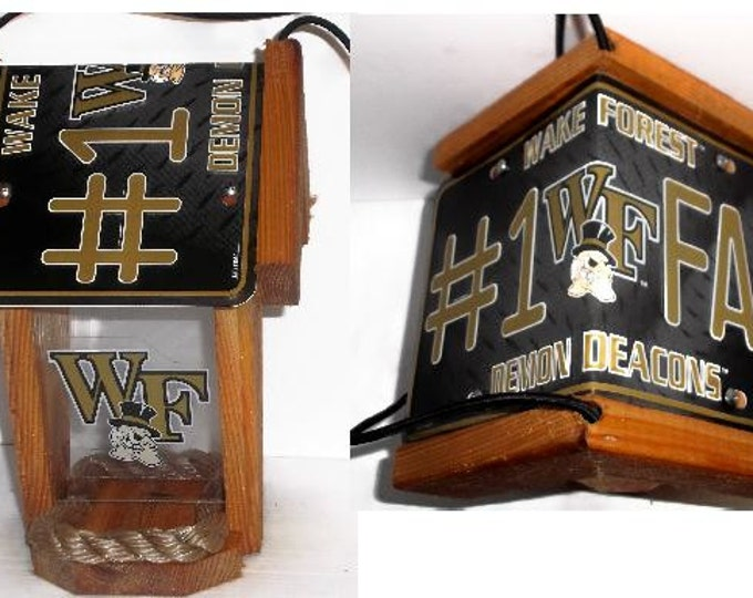 Wake Forest #1 Fan Two-Sided Cedar Bird Feeder