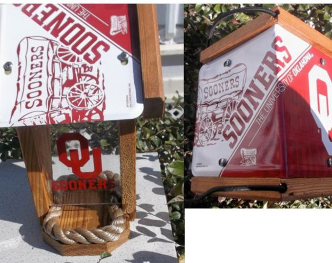 Oklahoma Sooners Two-Sided Cedar Bird Feeder (SI Series)
