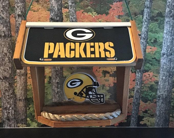 Green Bay Packers Deluxe Cedar Two Sided Bird Feeder