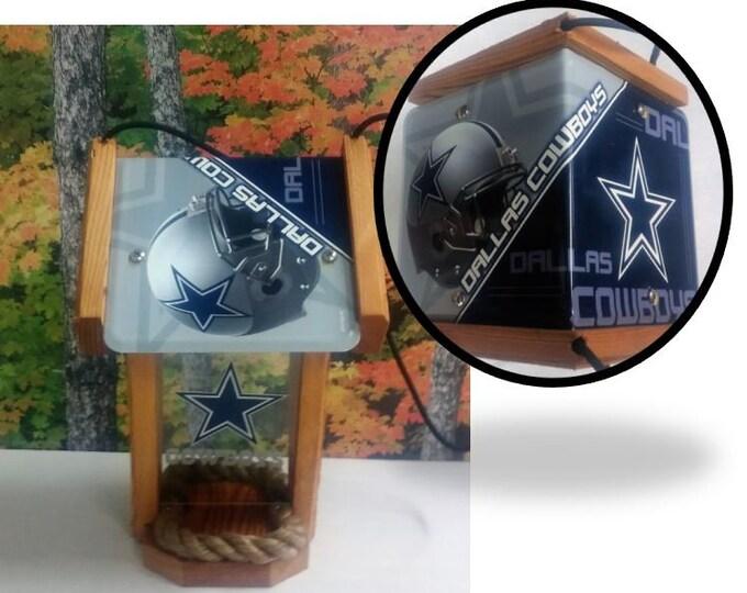Dallas Cowboys Two-Sided Cedar Bird Feeder (SI series)