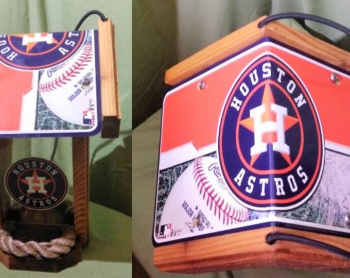 Houston Astos Two-Sided Cedar Bird Feeder