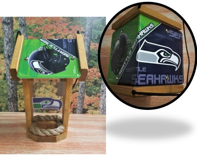 Seattle Seahawks Two-Sided Cedar Bird Feeder (SI Series)