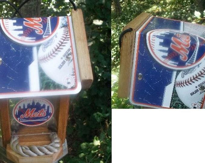 New York Mets Two-Sided Cedar Bird Feeder