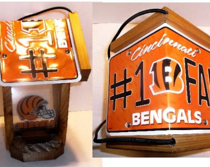Cincinnati Bengals #1 Fan Two-Sided Cedar Bird Feeder