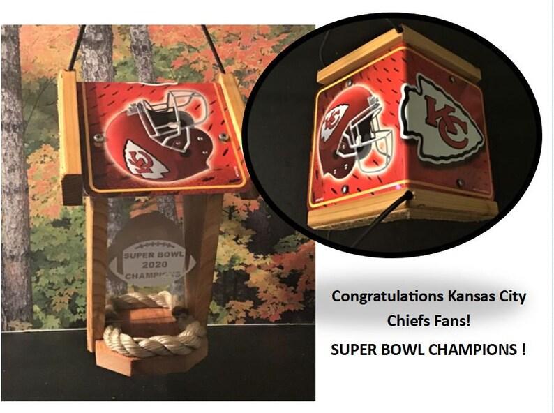 Kansas City Chiefs Super Bowl Champions Two-Sided Cedar Bird image 0