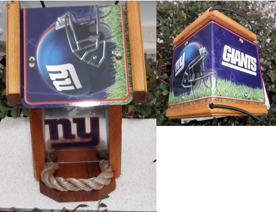 New York Giants Two-Sided Cedar Bird Feeder