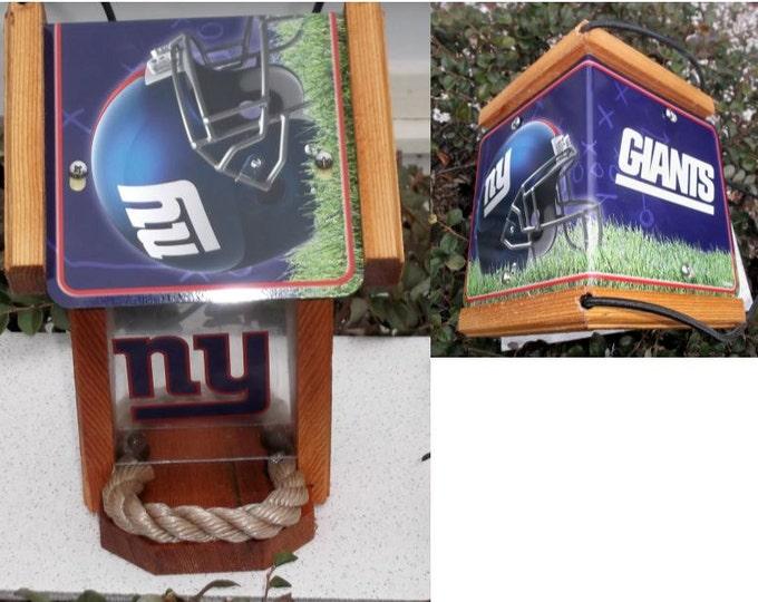 NY Giants Two-Sided Cedar Bird Feeder