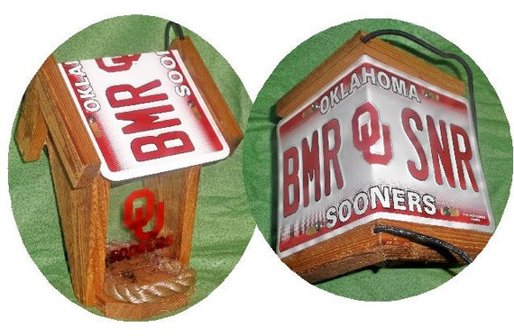 Oklahoma Sooners Two-Sided Cedar Bird Feeder
