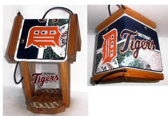 Detroit Tigers Two-Sided Cedar Bird Feeder