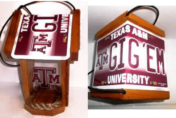 Texas A&M University Two-Sided Cedar Bird Feeder