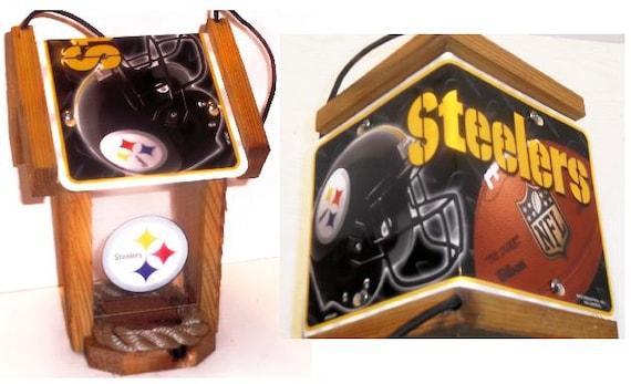Pittsburgh Steelers Two-Sided Cedar Bird Feeder