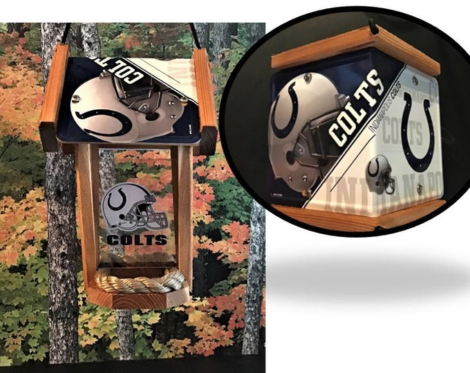 Indianapolis Colts Two-Sided Cedar Bird Feeder (SI Series)