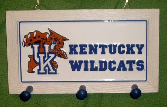 Kentucky Wildcats License Plate Peg Hanger