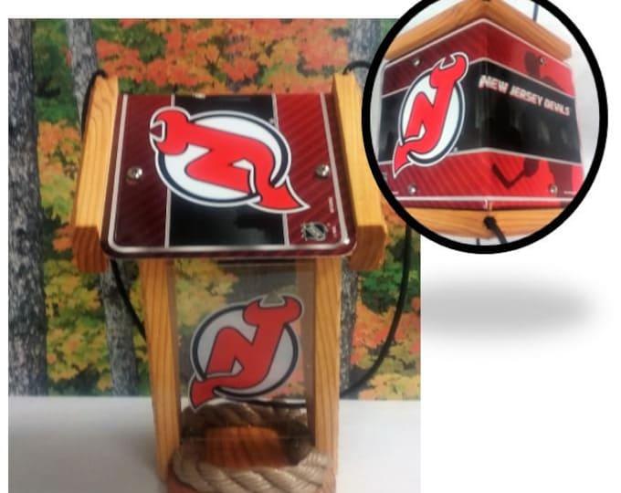 NJ Devils Two-Sided Cedar Bird Feeder
