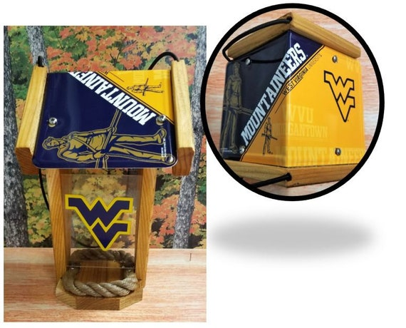 West Virginia University Mountaineers Two-Sided Cedar Bird Feeder (SI Series)