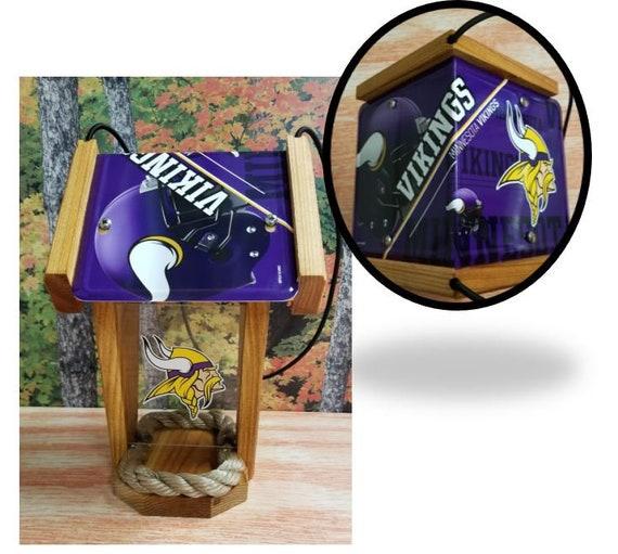 Minnesota Vikings Two-Sided Cedar Bird Feeder (SI series)