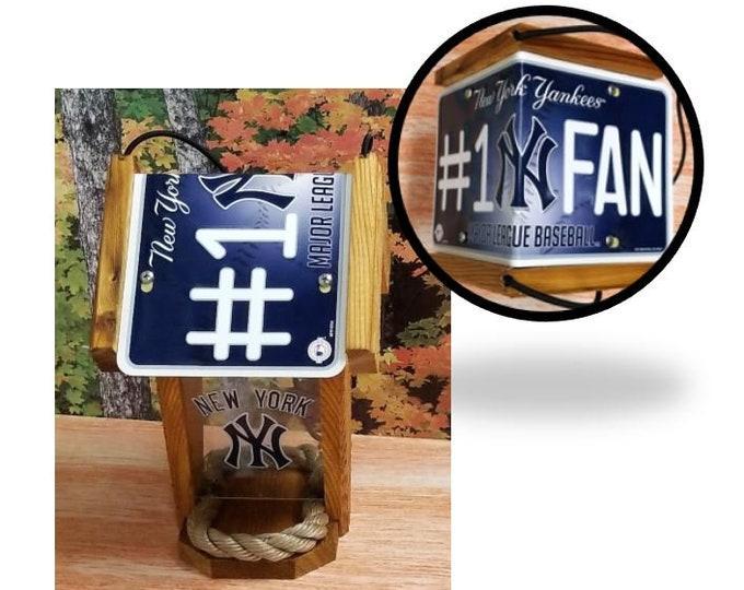 New York Yankees #1 Fan Two-Sided Cedar Bird Feeder