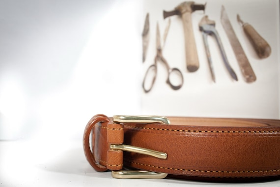 """Belt Leather Greased """"Tuscan Vacchetta"""" vegetable tanned solid brass buckle lined by nubuk leather"""