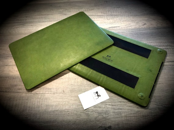 "MacBook 11""/12""/13""/15 Leather Hard Case made by genuine Italian leather as protection choose Color and Device"