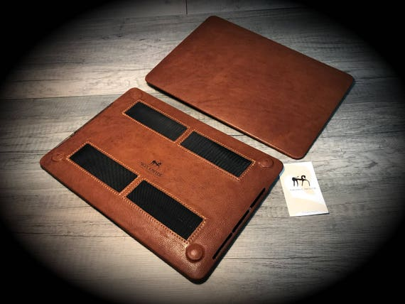 MacBook 11/12/13/15/16 Leather Hard lCase made by genuine Italian leather as protection choose Color and Device