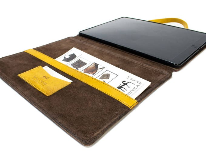 """iPad Pro 12.9"""" 2017 code A1670 A1671 PORTFOLIO leather case made by genuine Italian leather as protection choose Body and Accent color"""