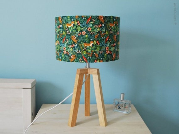JUNGLE tripod lamp