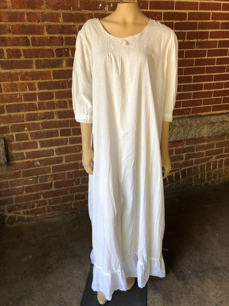 Vintage Cotton Nightgown Feminine and Romantic image 0