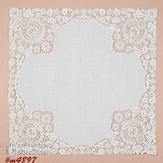 Vintage Lace Edge White Handkerchief (#M4248)